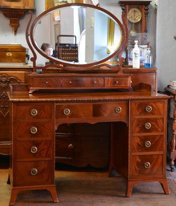 An Edwardian mahogany Dressing Table. R12995