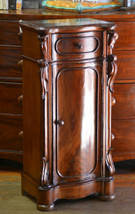 A 19th Century mahogany Pedesta/Side Cabinet. R5995