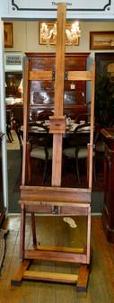 An artist's Easle. R4995