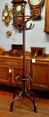 An early 20th Century bentwood Hatstand. R12995