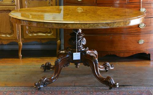 A Victorian burr walnut Loo Table. R18995