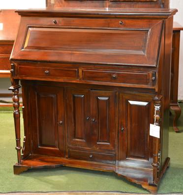 A 20th Century mahogany Writing Bureau. R5995