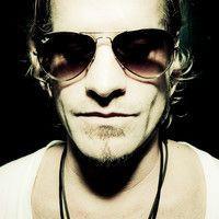 Arno Carstens