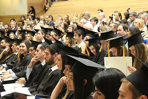 college-students-3990783_1920.jpg