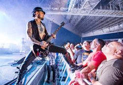 Janes Addiction - Dave Navarro
