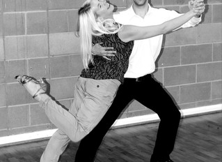 Modern Quickstep Dance Course in Burton on Trent