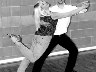 Modern Quickstep Dance Course in Burton on Trent