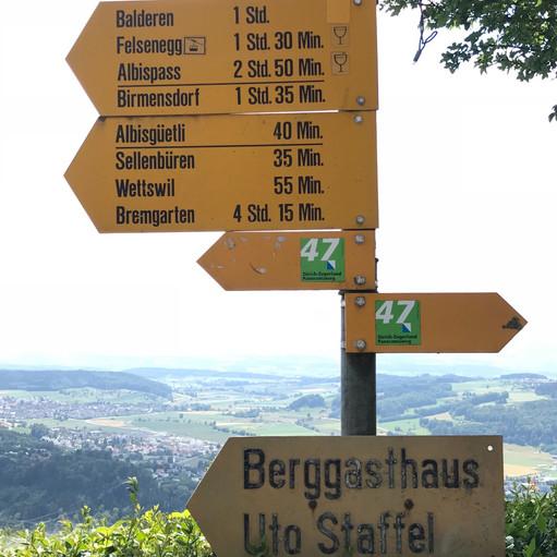 hiking sign Switzerland