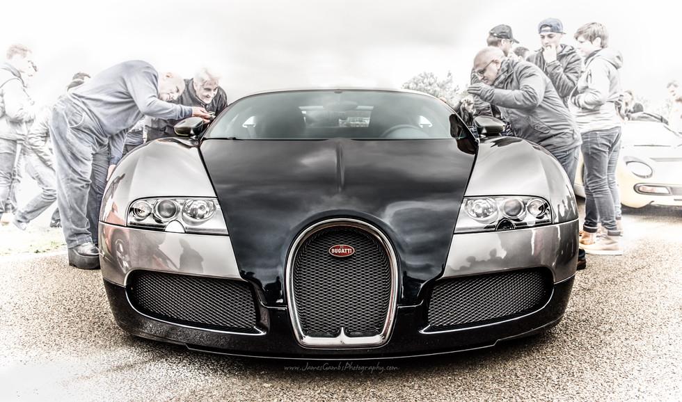 Veyron-1.jpg