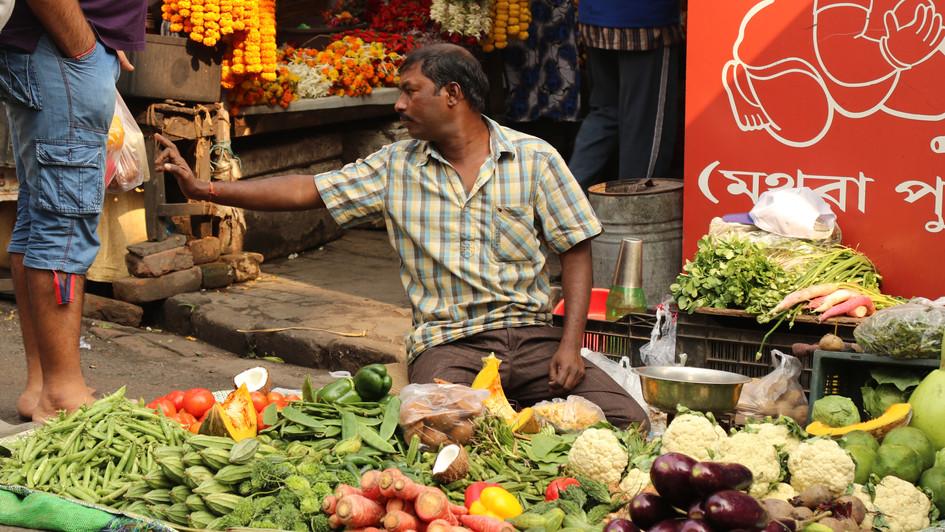 Street vegetable vendor in Kolkata