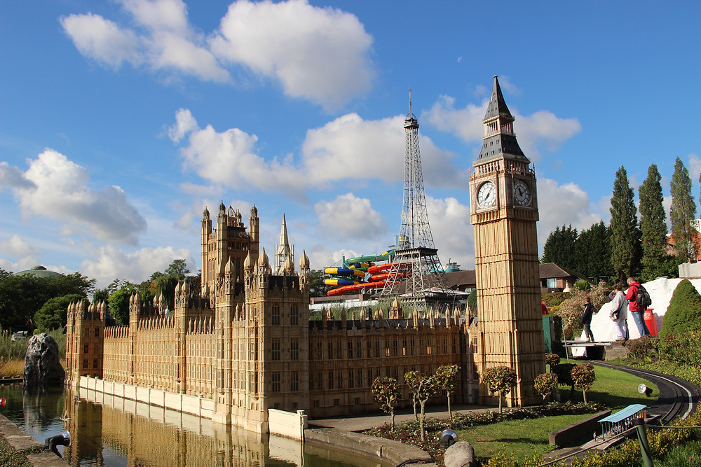Big Ben, House of Parliament with Eiffel Tower