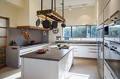 משטחי מטבח ואמבטיה מבטון אדריכלי