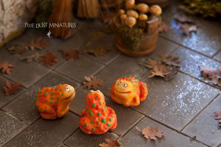 Witchy Cane Toad - Orange