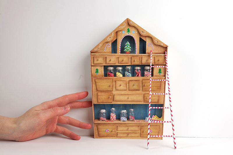 Santa's workshop dresser / hutch
