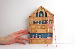 Santa's workshop dresser / hutch