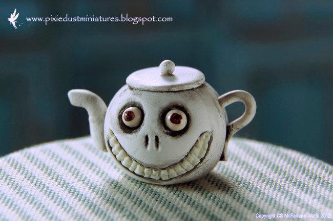 Grinny Teapot