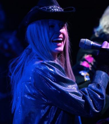 Lisa Bouchelle Live Shots