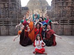 Petite danse dans le Natyamandap
