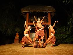 Les danseurs gotipua en action!