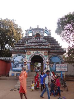 Au temple de Joragandi
