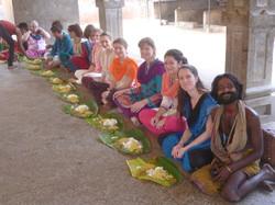 Repas traditionnel au temple!
