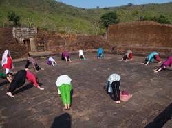 Yoga et petit dej en plein air