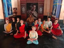 Avec le professeur de danse Chhau