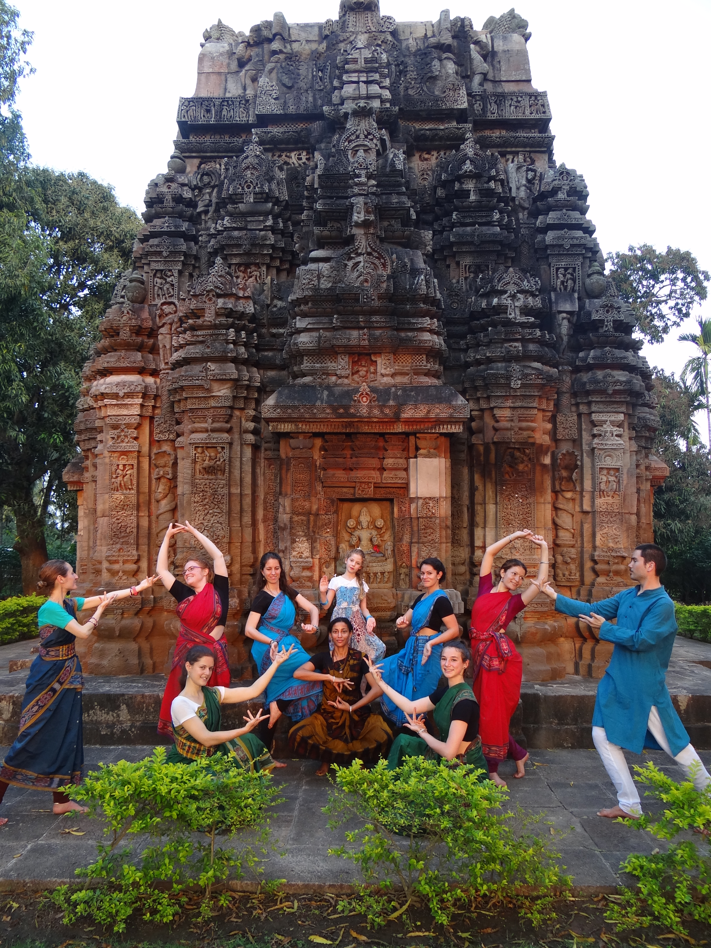 Offrande dansée au temple de Varahi
