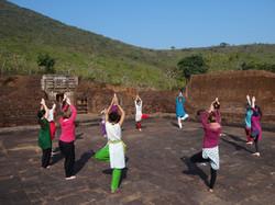 Yoga de bon matin à Udayagiri
