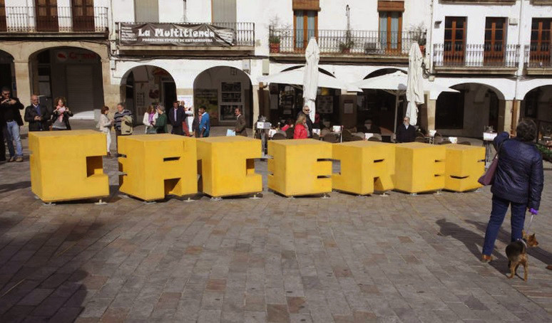 Turista en Cáceres