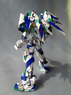 2012.6月23日完成 テムジン747A+  Virtual On 1_100 VR-747A8 Temjin Type a8 White Knight..j