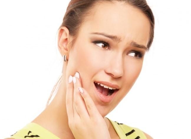 Bedak untuk kulit berjerawat dan perawatan wajah