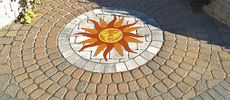 PAVERART Classical collection of outdoor living inlays and medallians sunburst