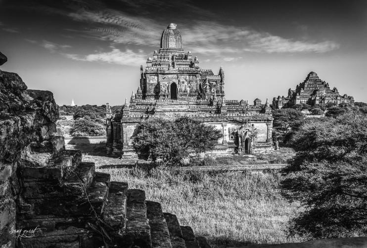 birmanie dramatic temple 3 (1 sur 1).jpg