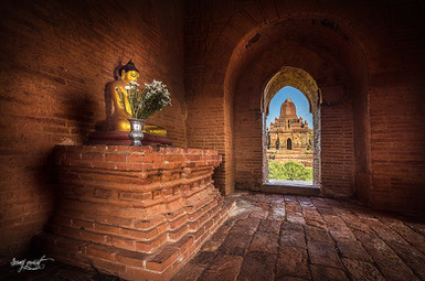 birmanie dramatic temple 3 insta.jpg