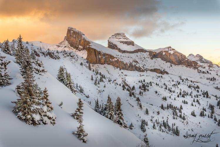 les tours sous la neige