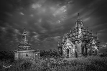 birmanie dramatic temple 4 (1 sur 1).jpg