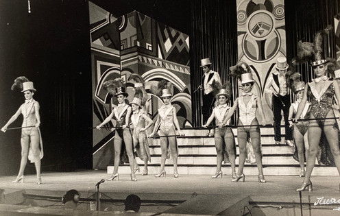Portugal - Miss O'Neill far left