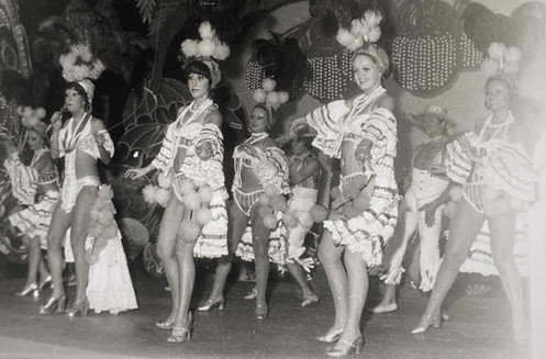 Portugal - Miss O'Neill (front right)
