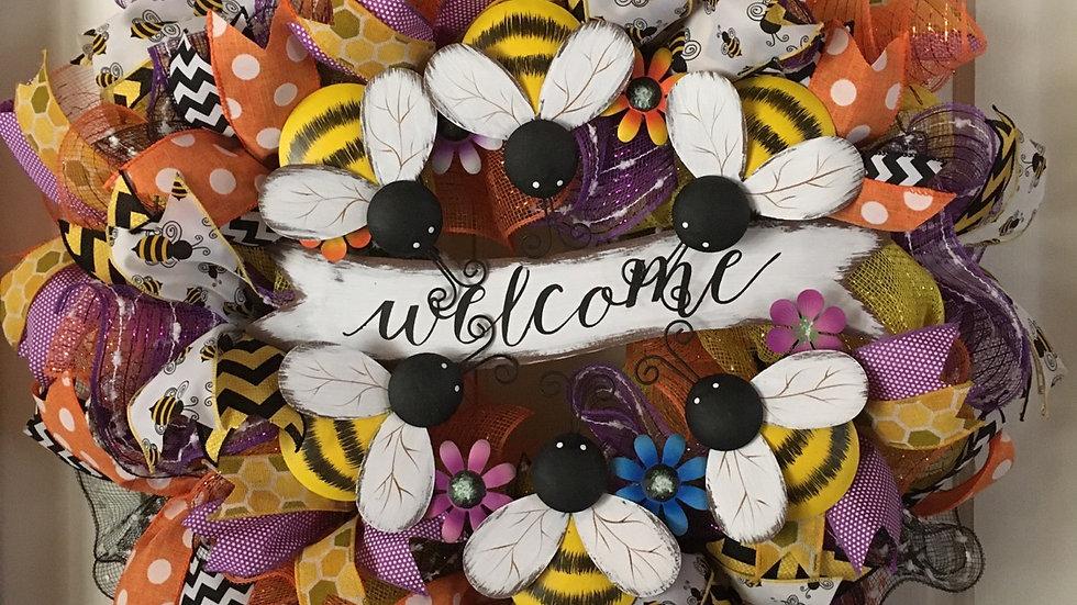 Welcome Bumblebee Wreath