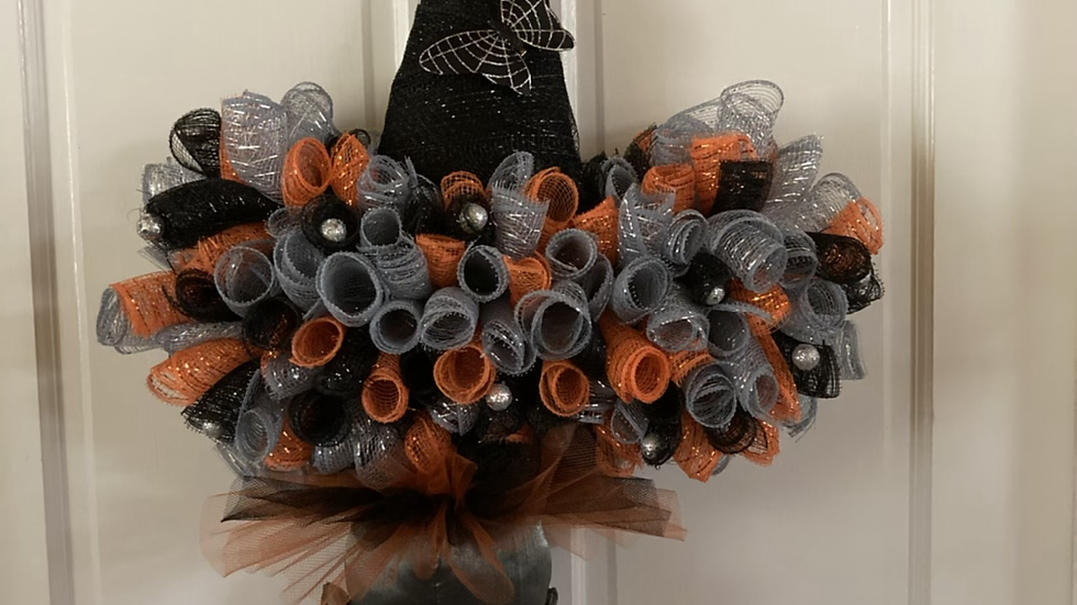 "Orange Witch Hat Wreath31""x19"""