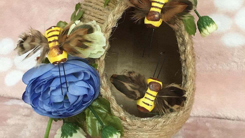 Beehive 🐝