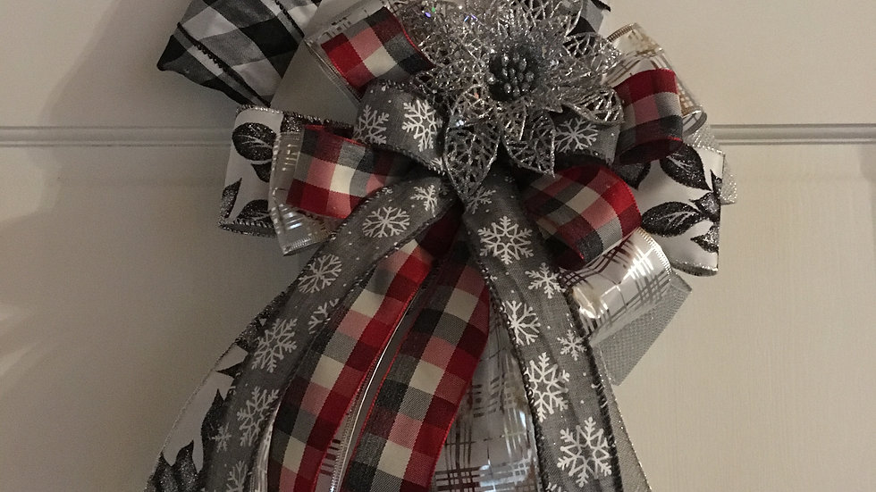 White And Black Plaid Candy Cane Wreath