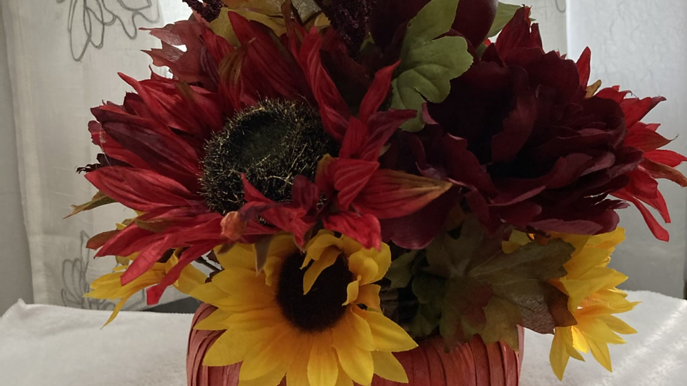 Sunflowers & Apples centerpiece
