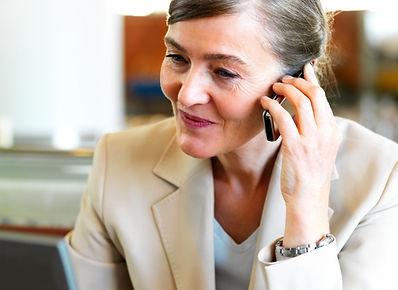 Caregiver advisor on the phone