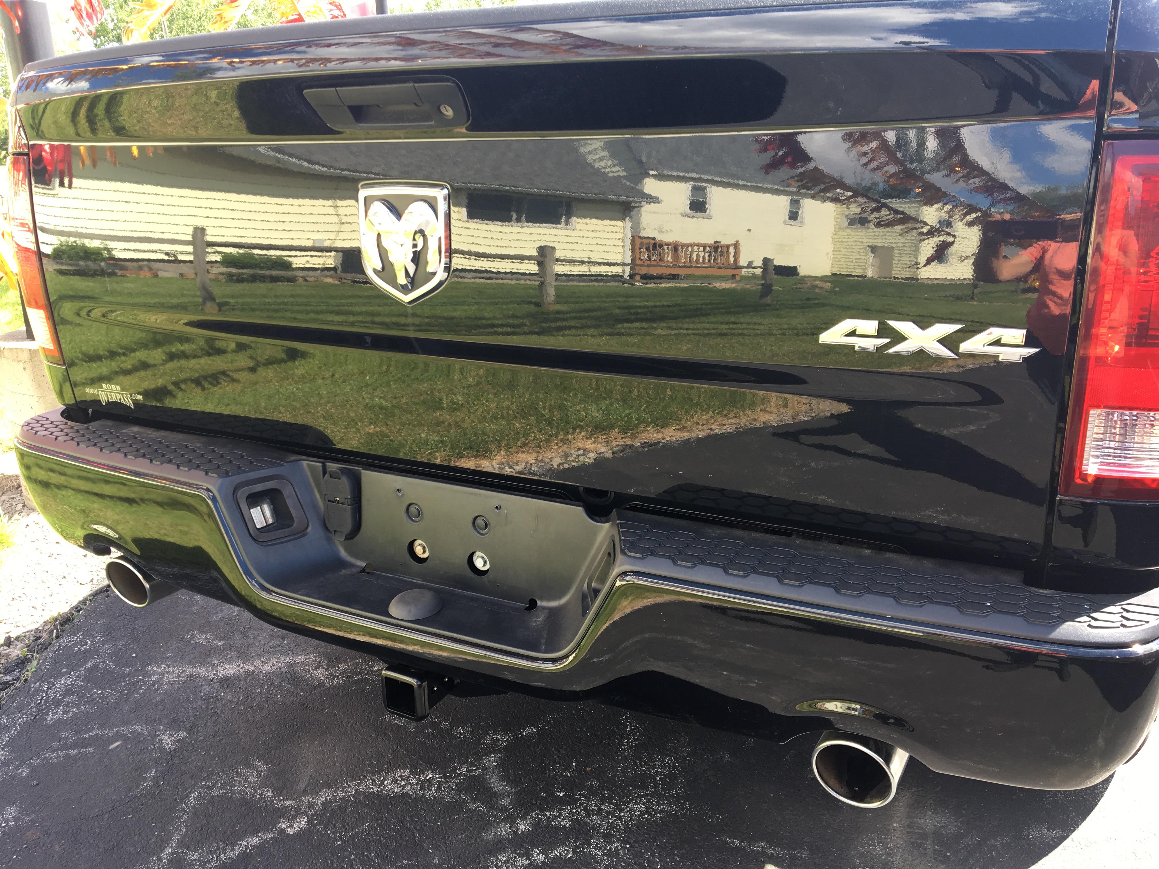 2014 RAM 1500 QUAD CAB 4x4