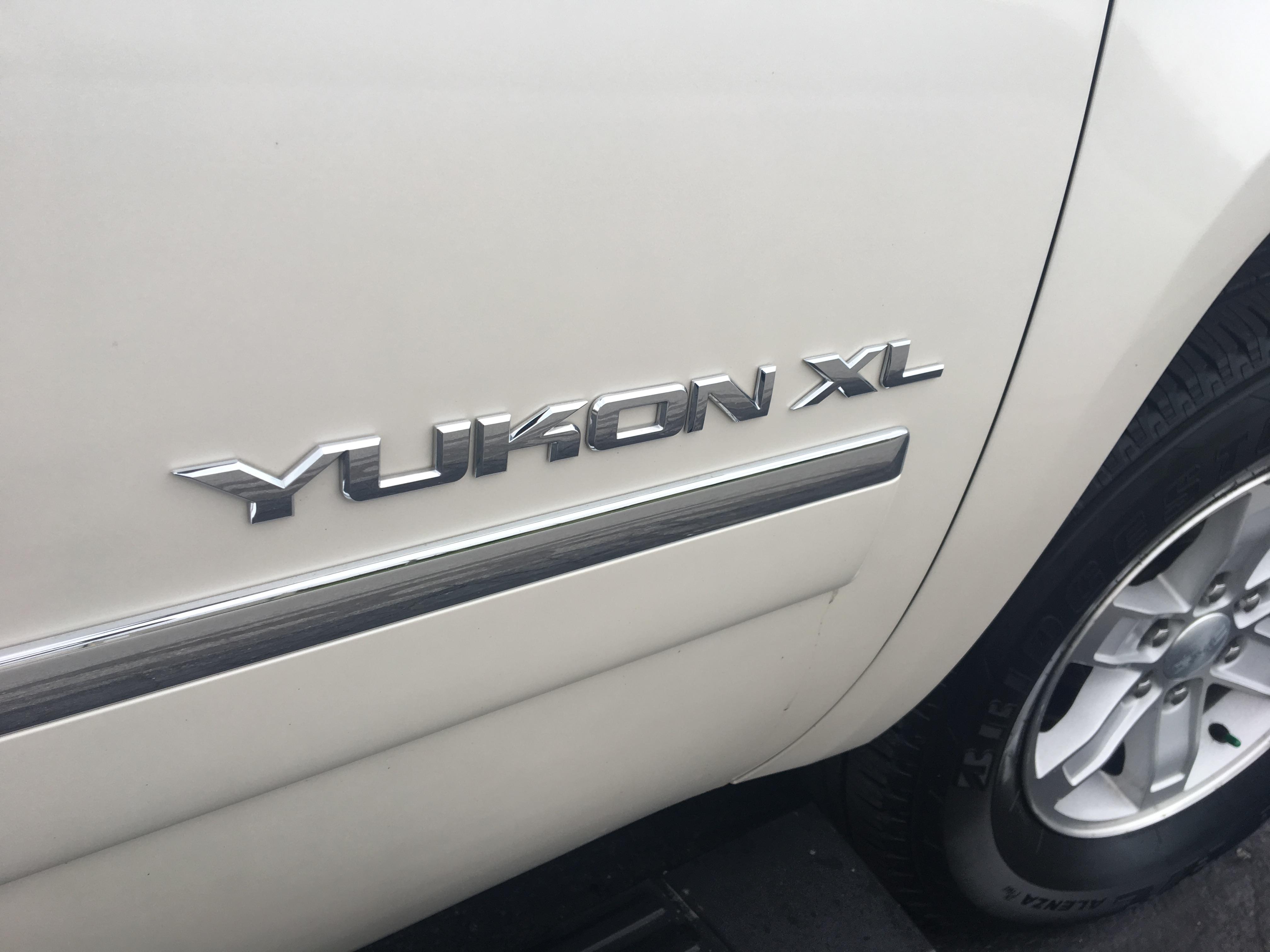 2012 GMC Yukon XL SLT 4WD