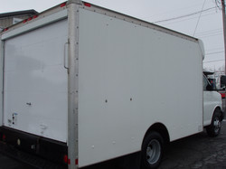 2005 Chevrolet 3500 12' Box Truck