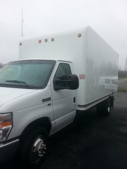 2012 Ford E350 Super Duty Box Truck