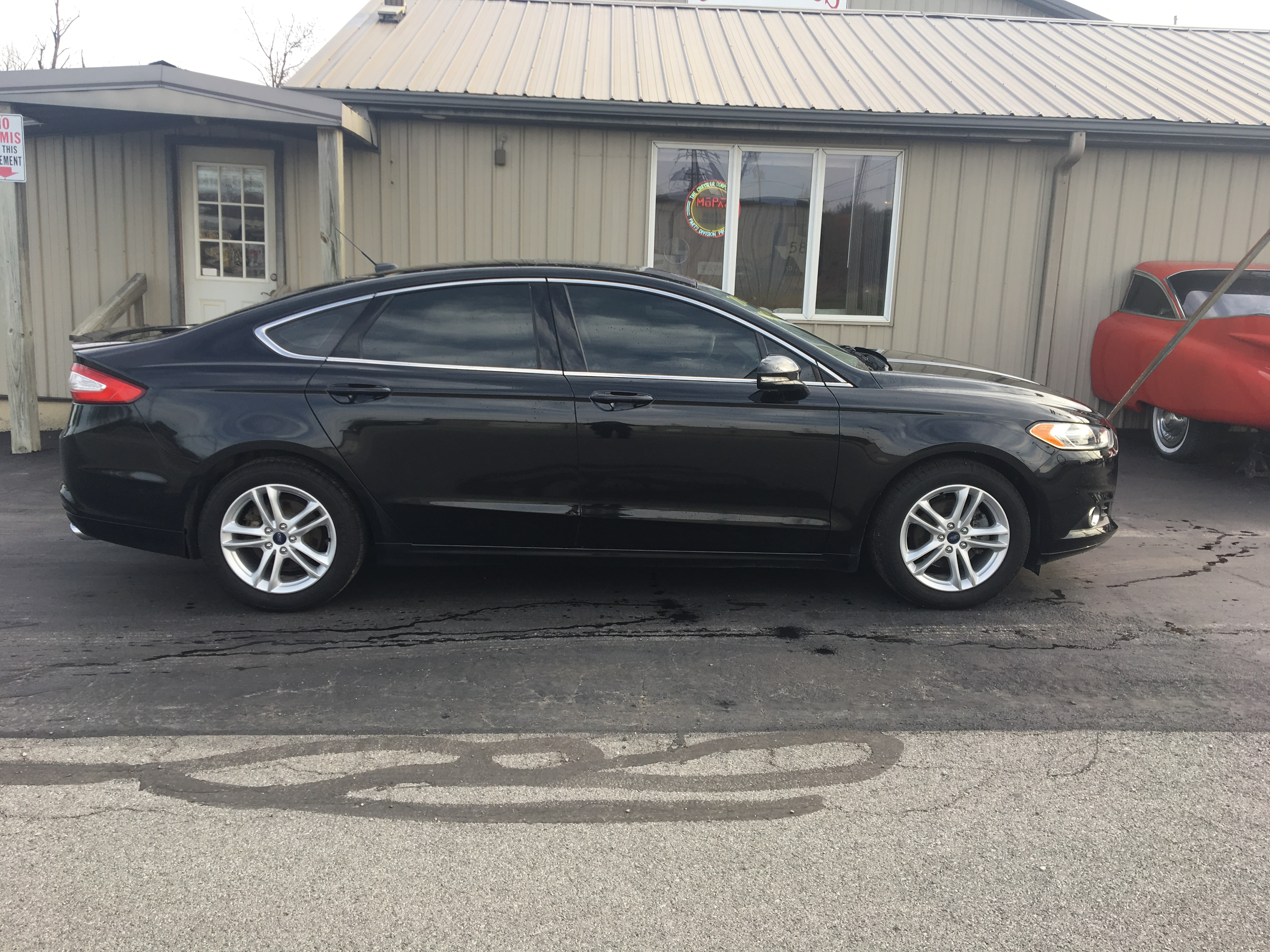 2015 Ford Fusion 4dr SE